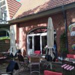 Seiteneingang Café